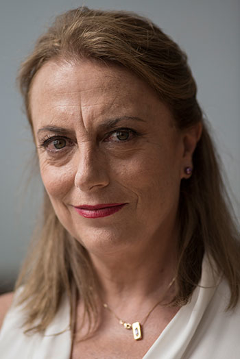 Mari Carmen, interpretada por Lola Casamayor